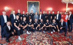 Bundespräsident Van der Bellen verabschiedet ÖVV-Team